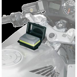 Custodia Telepass + Kit Universale Per il Fissaggio Su Serbatoio o Cruscotto Givi codice S602